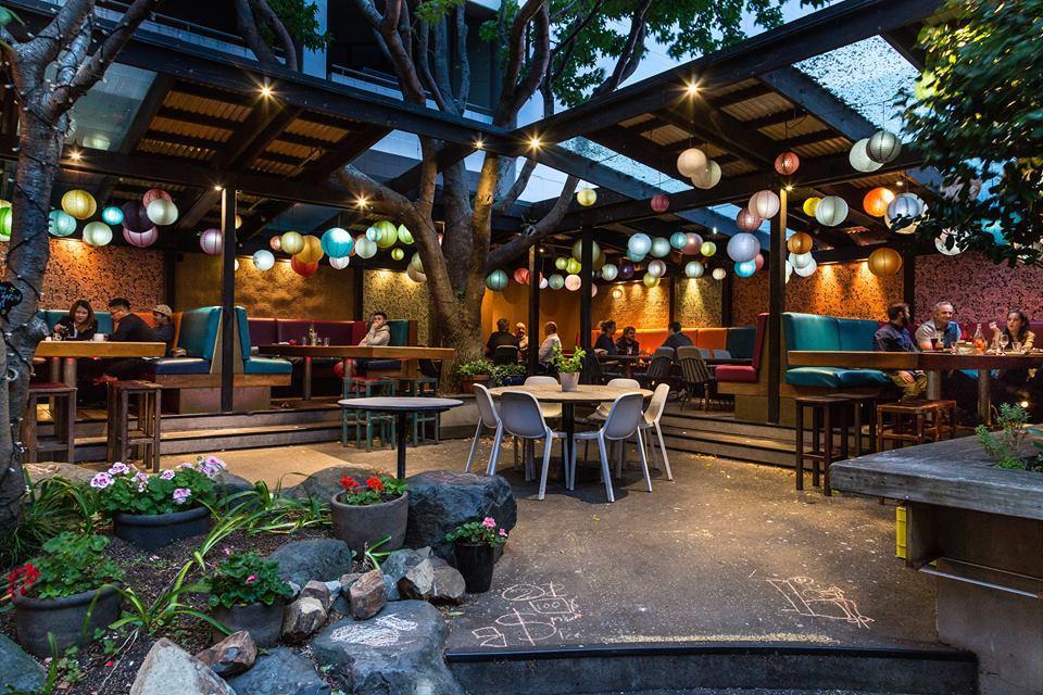 Southern Cross Garden Bar Restaurant