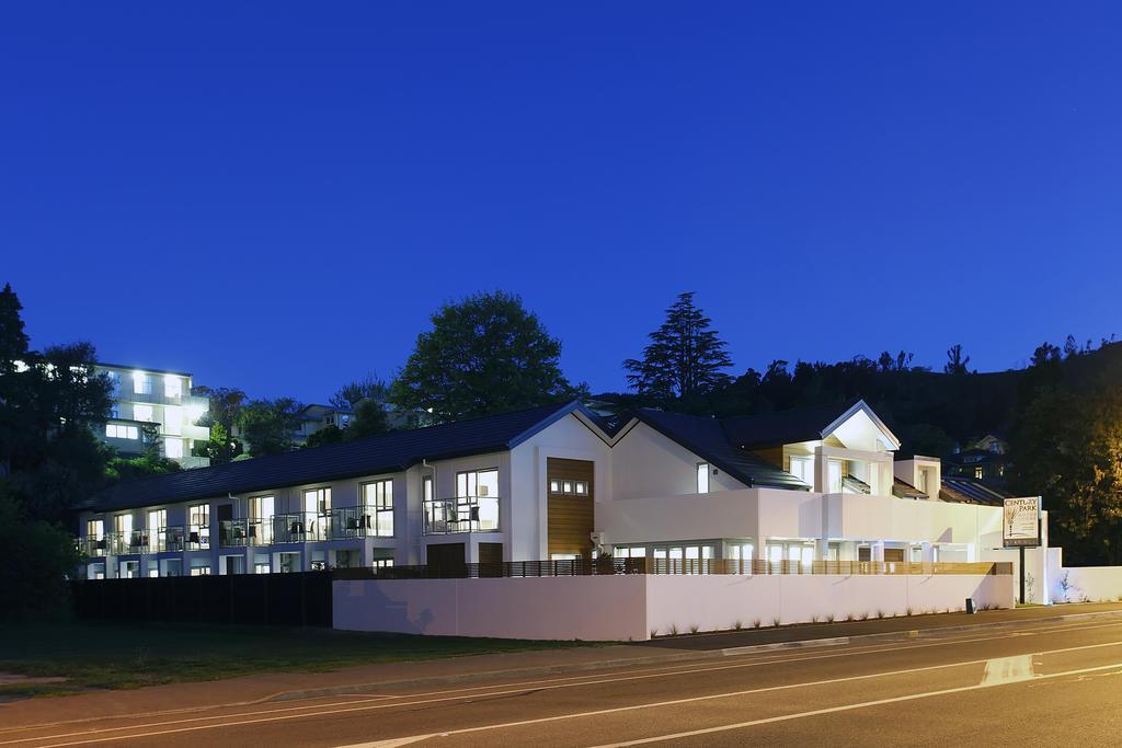 Century Park Motor Lodge