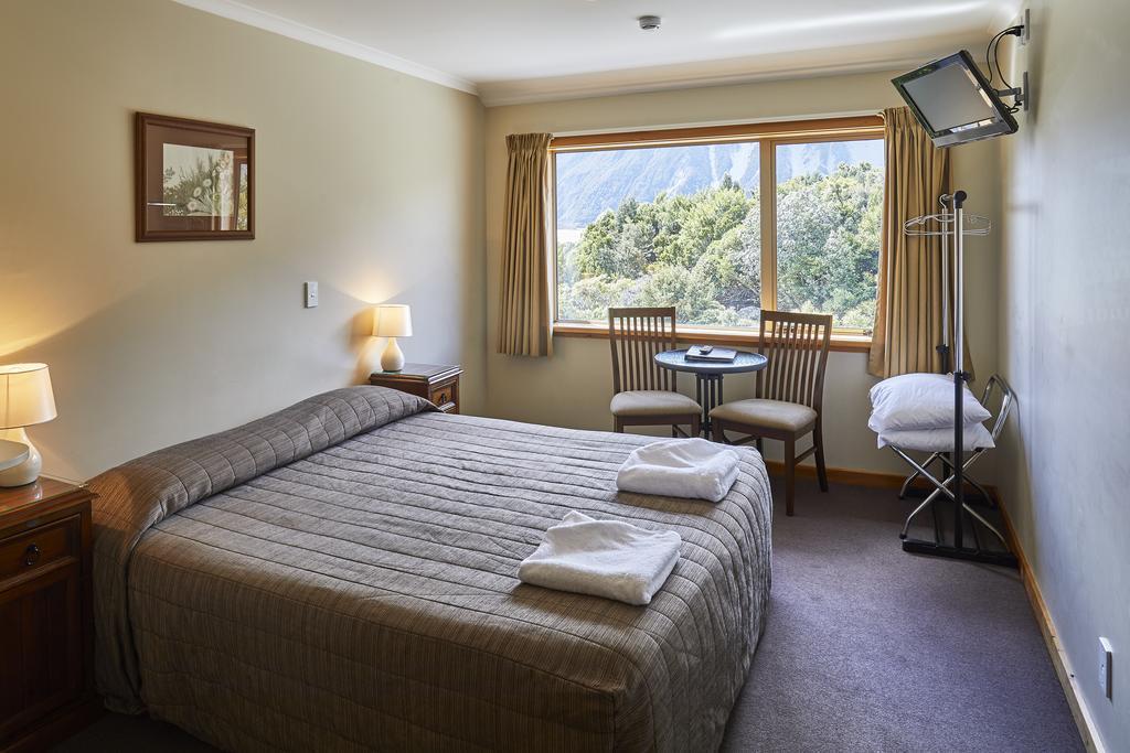 Mt Cook Alpine Lodge
