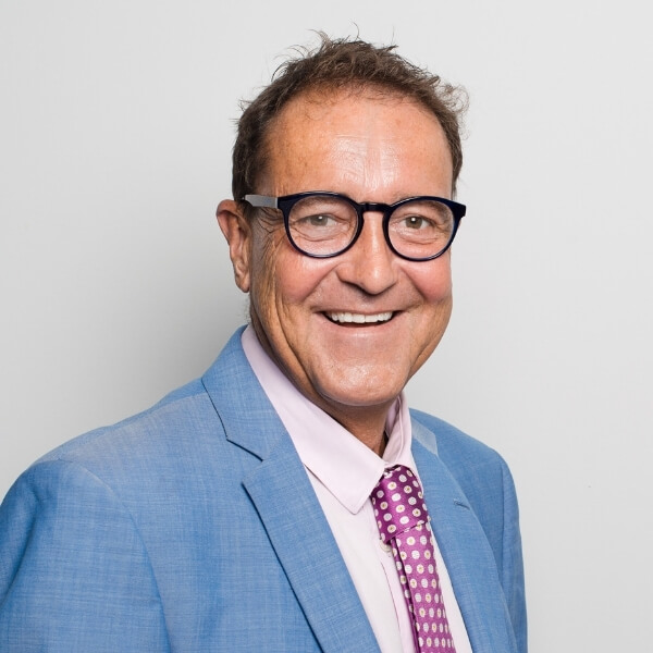 Mark Bressington, OC Kensington Director, Real Estate Agent & Auctioneer at Ouwens Casserly in the Eastern Suburbs
