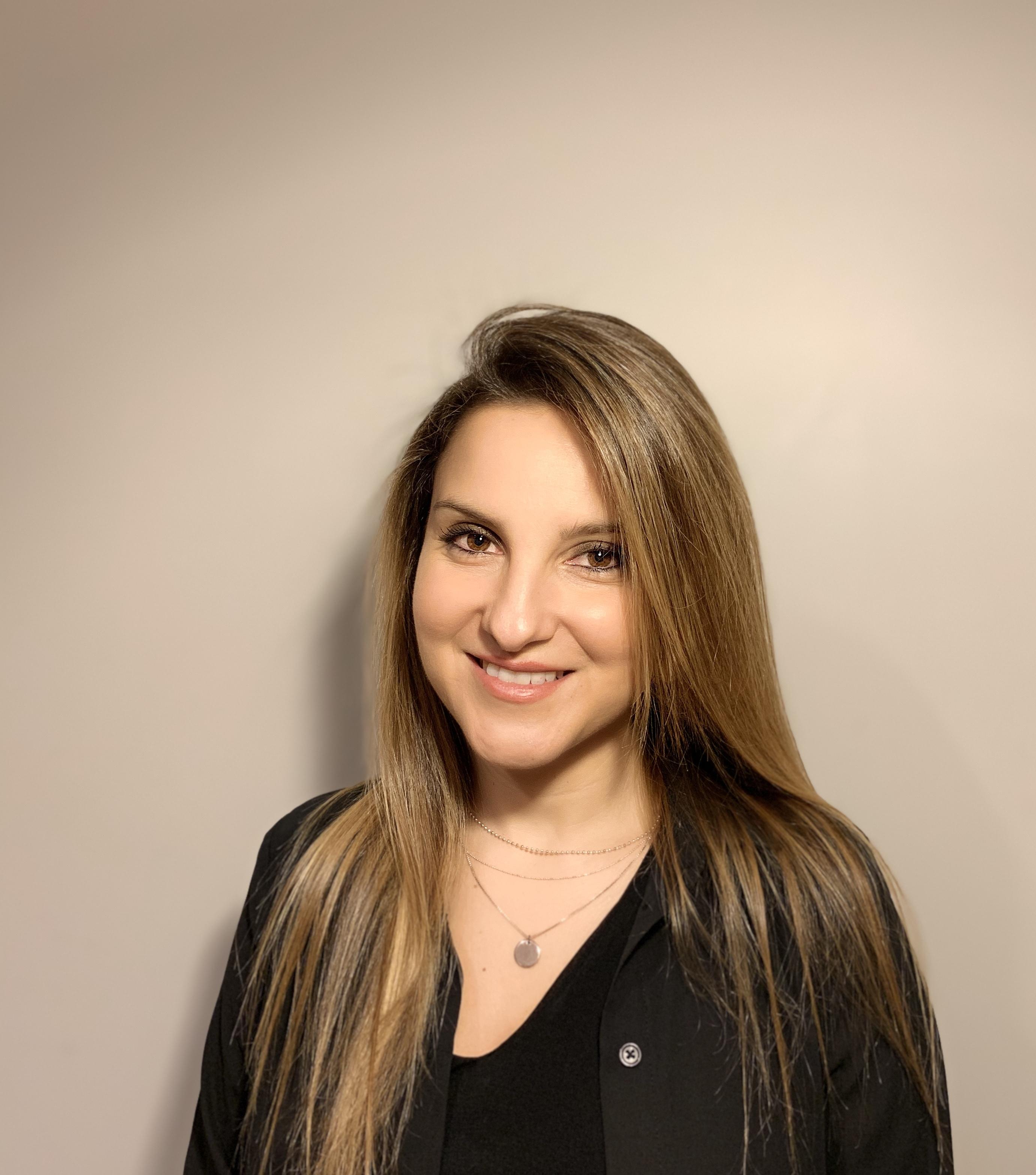 Dr Elena Canepari