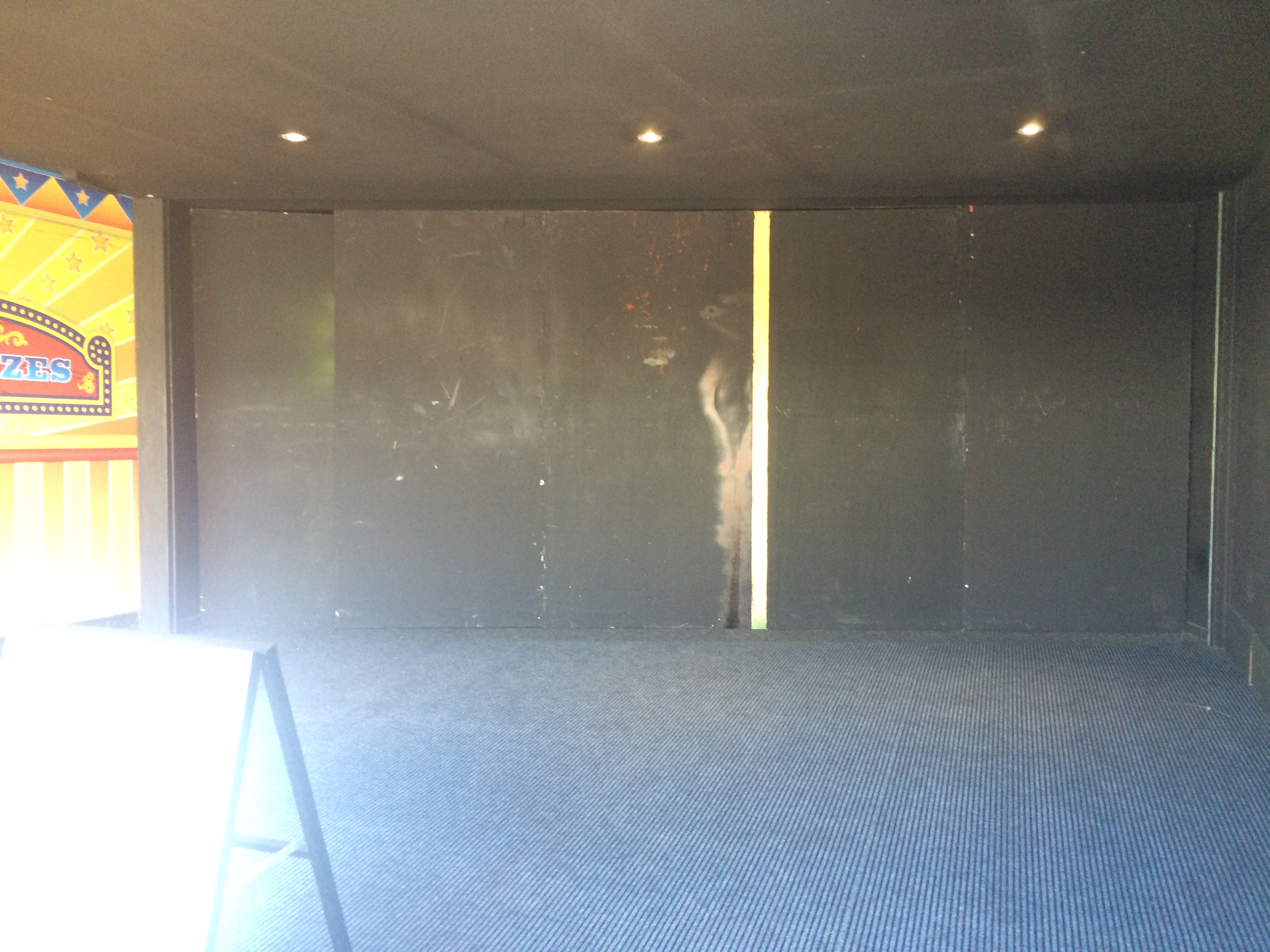 Movie world fright nights 2016 page 21 theme park discussion the roller doors have been removed gumiabroncs Choice Image
