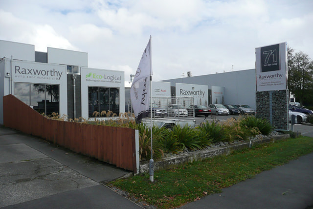 Raxworthy Auto Body Repairs Ltd