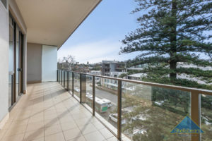 68/1 Freshwater Parade gallery
