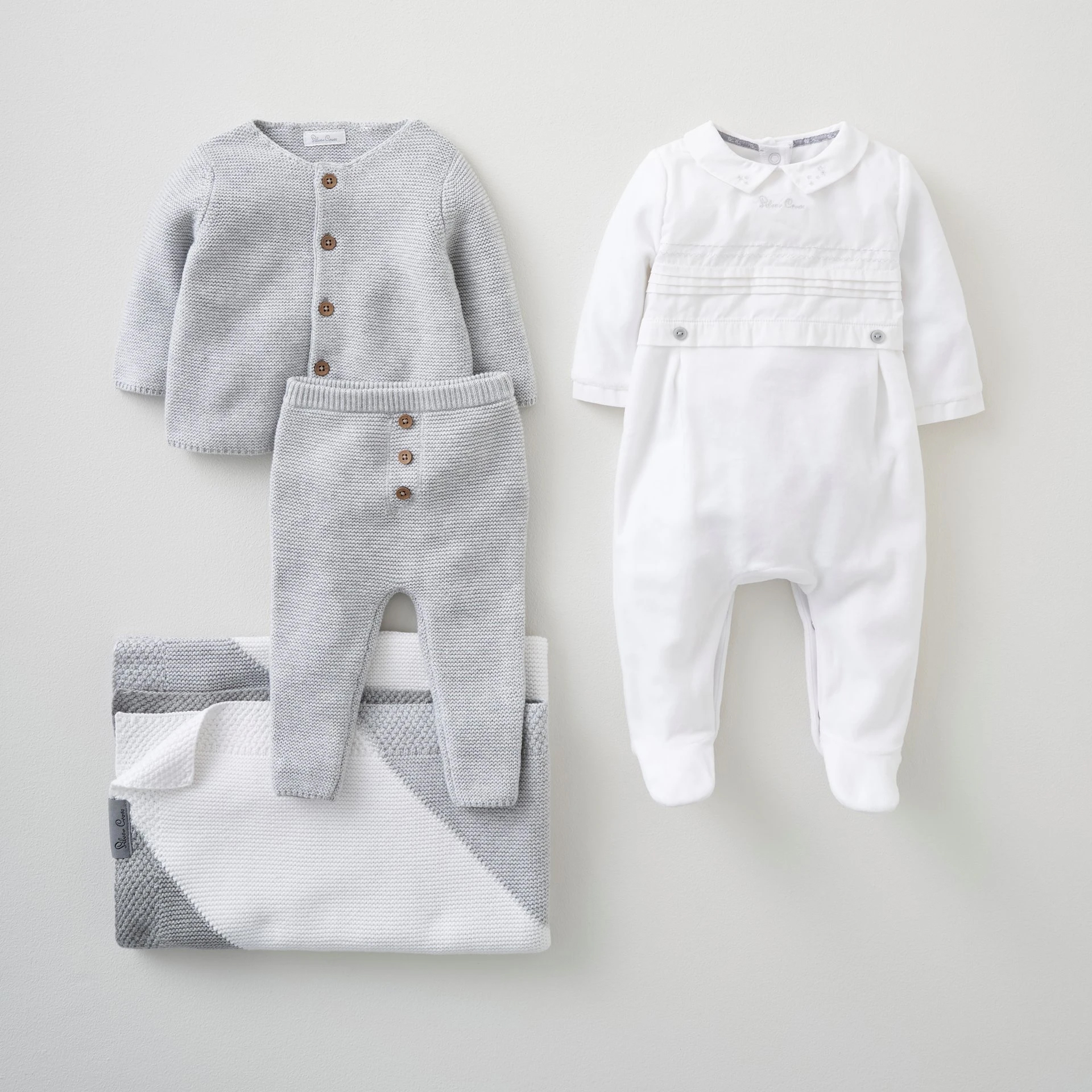 Luxury Baby Gift Set 0-3 Months