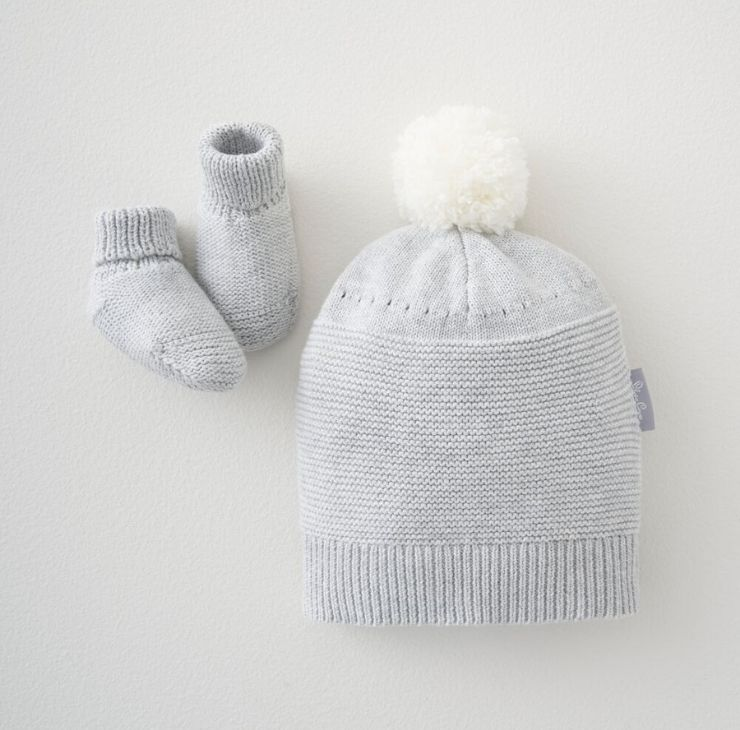 Knitted Hat & Bootee Set 0-3 Months