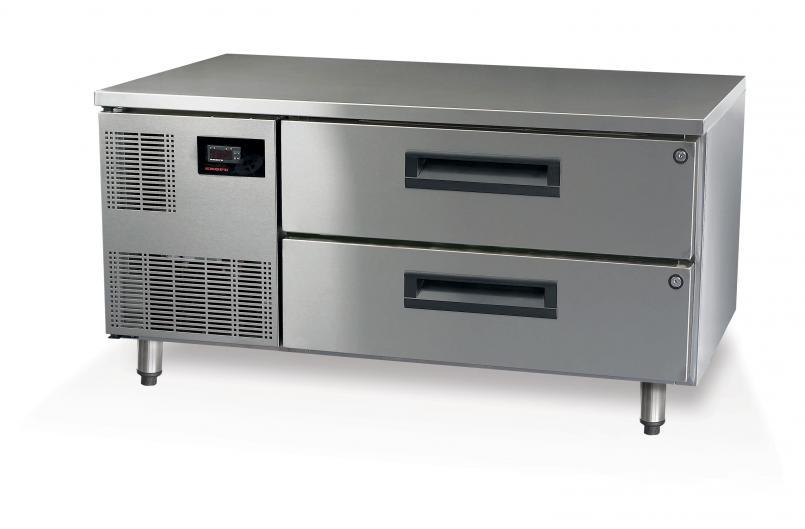 PGLL150 underbench fridge