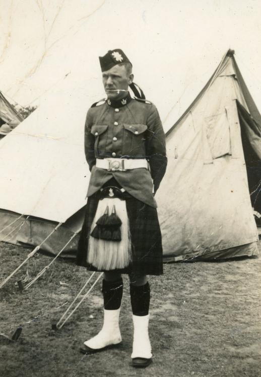 Harvey serving with the 30th (NSW Scottish) Battalion, c. 1938.