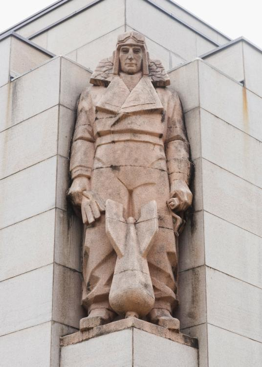 Photograph of the Rayner Hoff sculpture of the air force officer