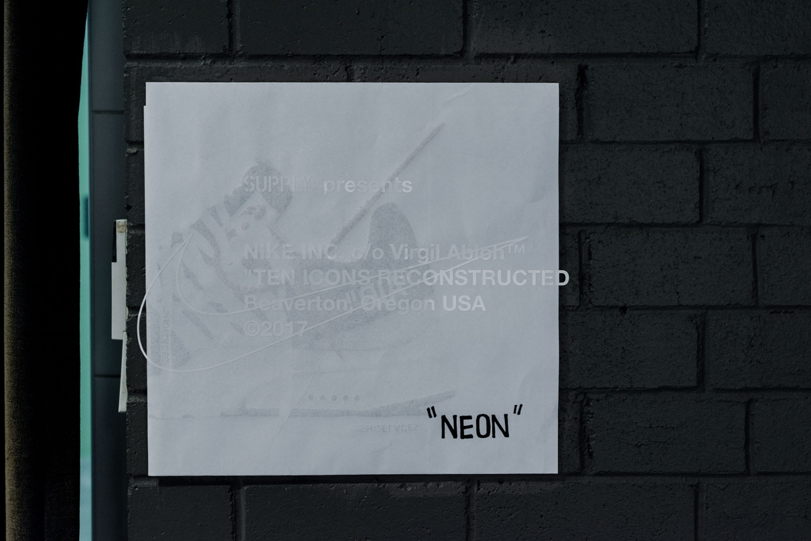 Web space between off white the ten 18