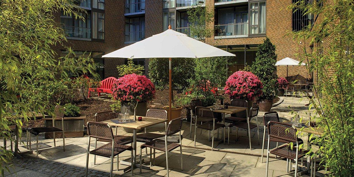 adina-copenhagen-apartment-hotel-courtyard-2-2009.34-1.jpg