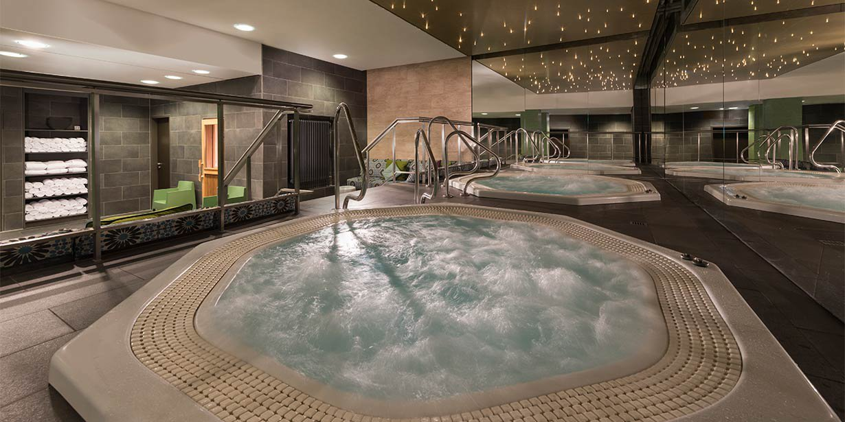 adina-apartment-hotel-hackescher-markt-whirlpools-2017.jpg