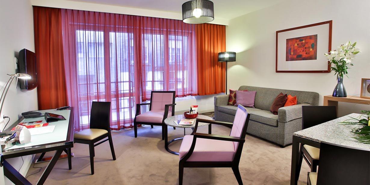 adina-budapest-apartment-hotel-living-room-1-2013.jpg