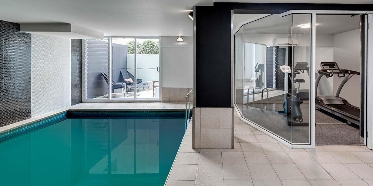 adina-apartment-hotel-south-yarra-melbourne-pool-gym-2016.jpg