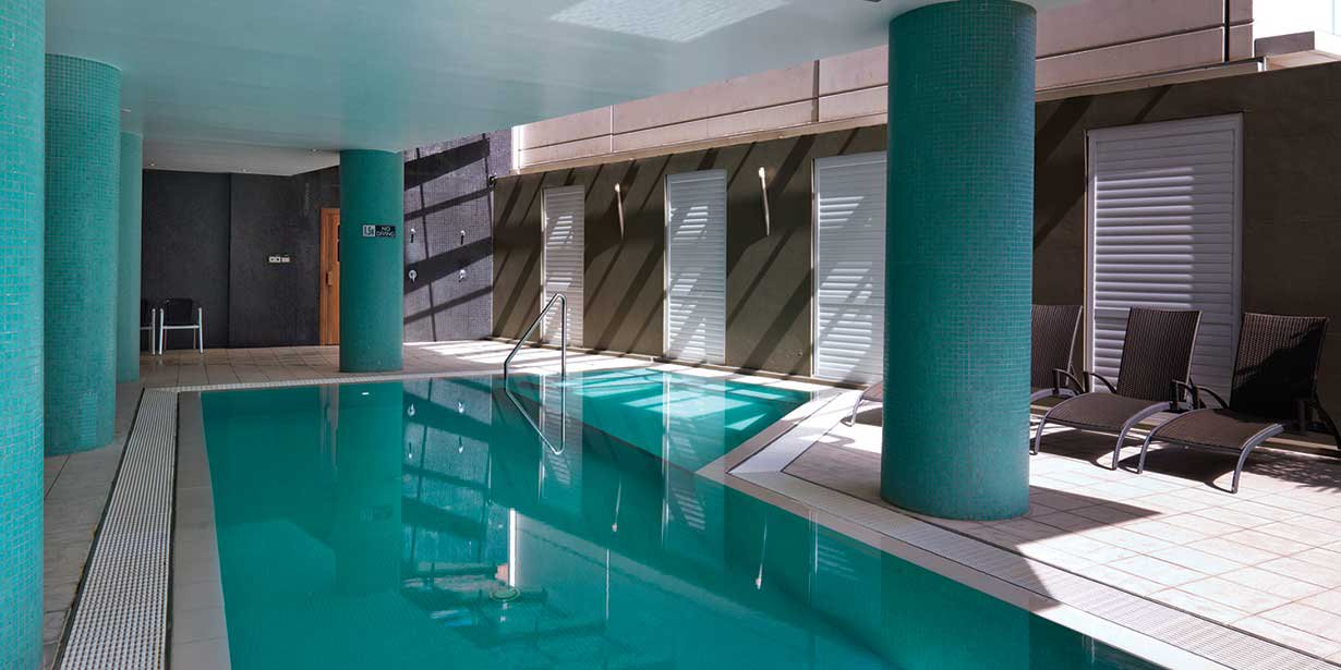 adina-sydney-apartment-hotel-pool-3-2012.jpg