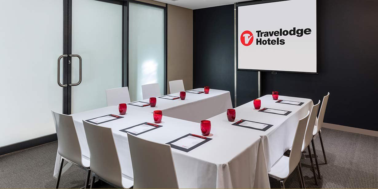 travelodge-hotel-blacktown-conference-room-u-shape-02-2016.jpg