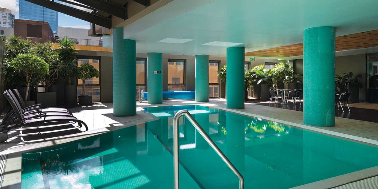 adina-sydney-apartment-hotel-pool-4-2012.jpg