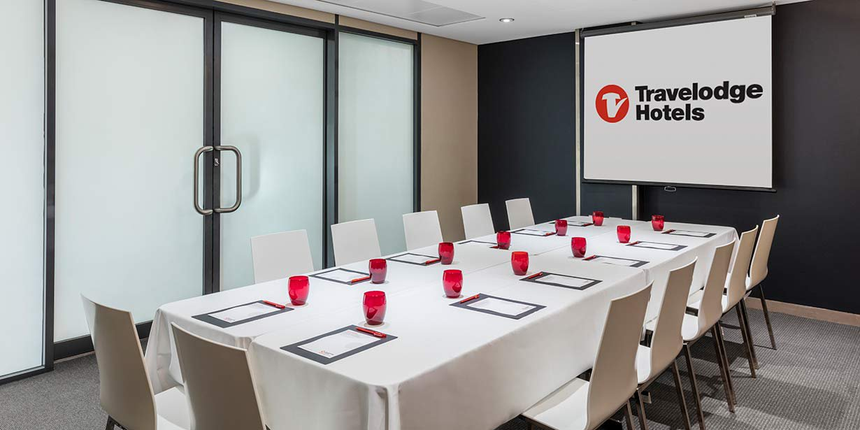 travelodge-hotel-blacktown-conference-room-boardroom-02-2016.jpg