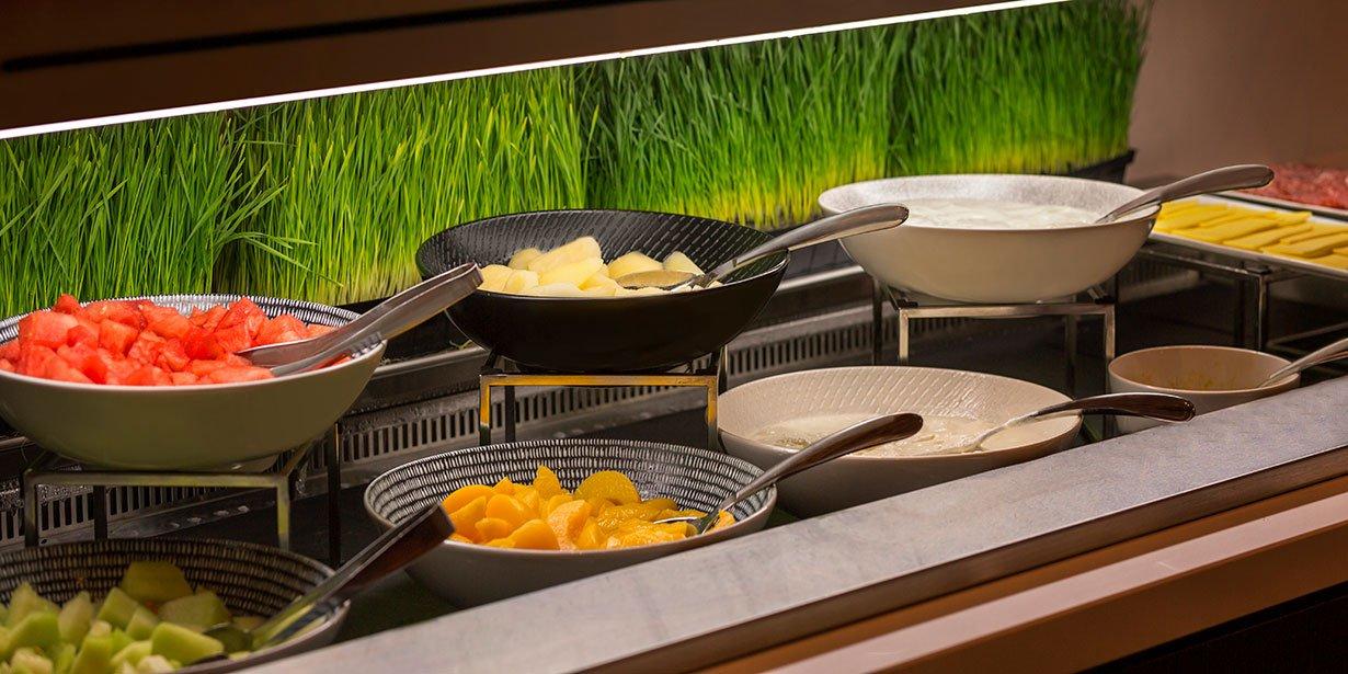 travelodge-hotel-southbank-melbourne-buffet-breakfast-03-2017.jpg
