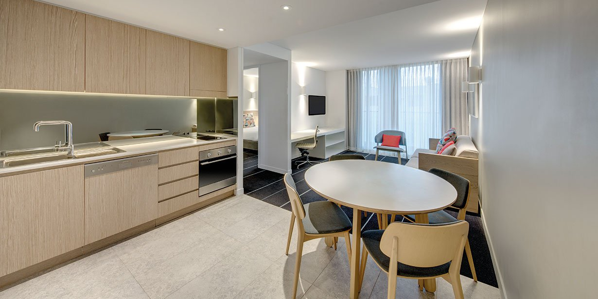 adina-apartment-hotel-bondi-beach-two-bedroom-apartment-dining-2016.jpg
