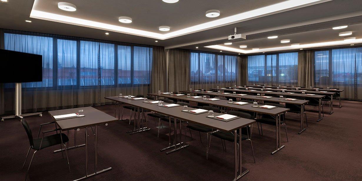 adina-apartment-hotel-nuremburg-conference-australia-room-classroom-setup-02-2017.112-1.jpg