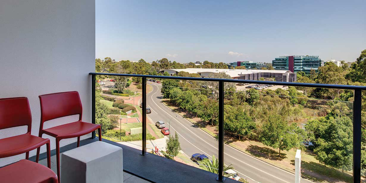 adina-apartment-hotel-norwest-sydney-two-bedroom-apartment-balcony-2016.jpg