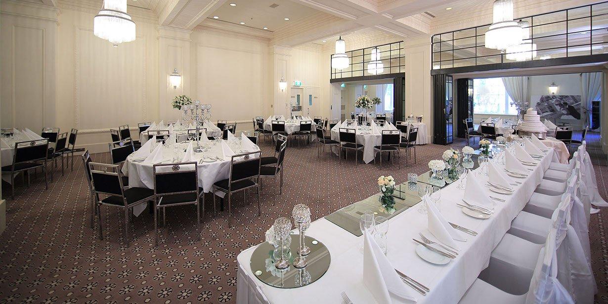vibe-savoy-melbourne-hotel-wedding-2-2014.jpg