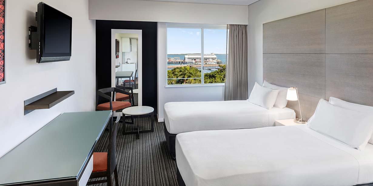 adina-apartment-hotel-darwin-waterfront-studio-view-room-twin-2016.jpg
