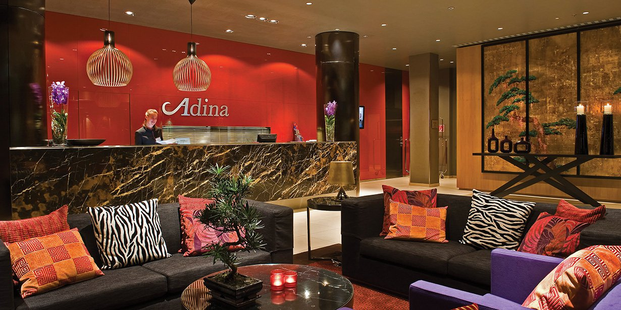 adina-frankfurt-apartment-hotel-reception-2010.17-1.jpg