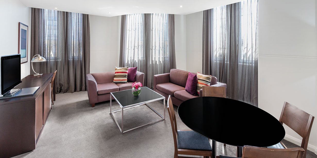 adina-apartment-hotel-sydney-central-one-or-two-bedroom-lounge-room-03-2016.jpg