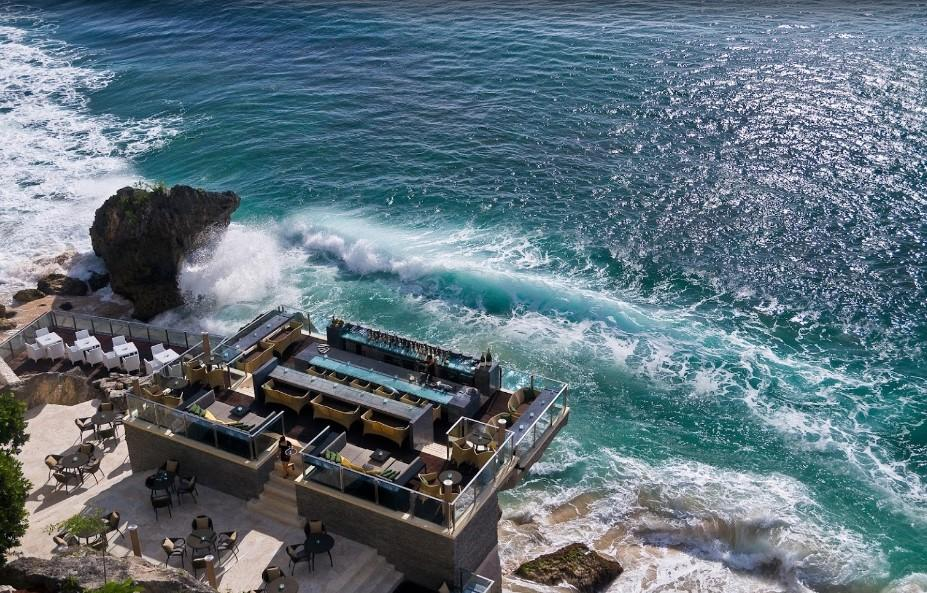 Rock Bar Bali at Ayana Resort & Spa