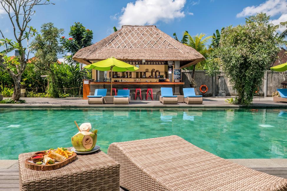 Andong Pool Bar
