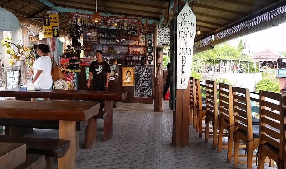 Mama Mia Bar & Grill