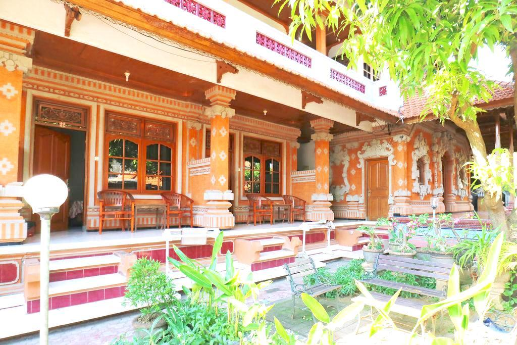 Taman Mekar Beach Inn