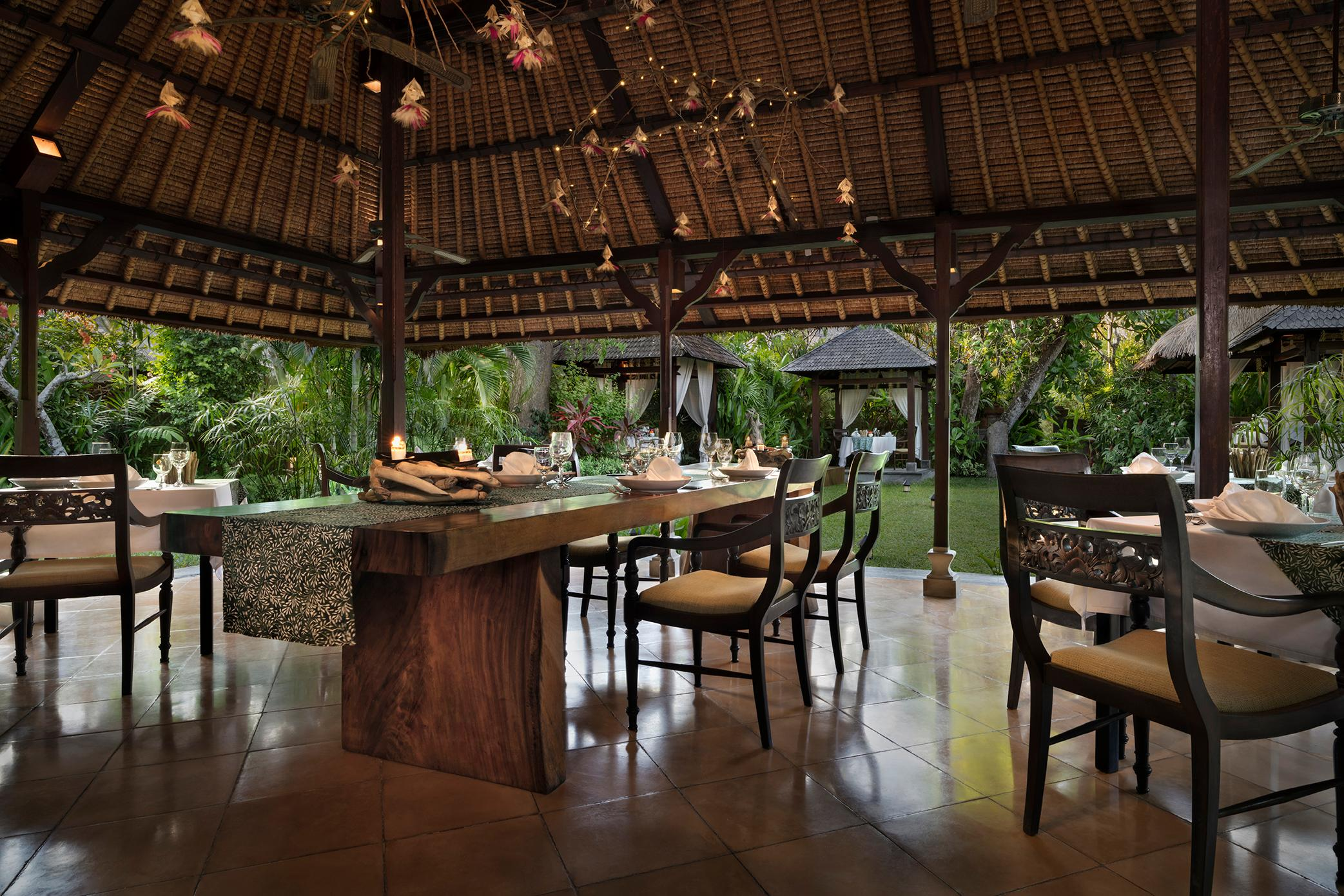 Jahe Restaurant At The Pavilions Bali