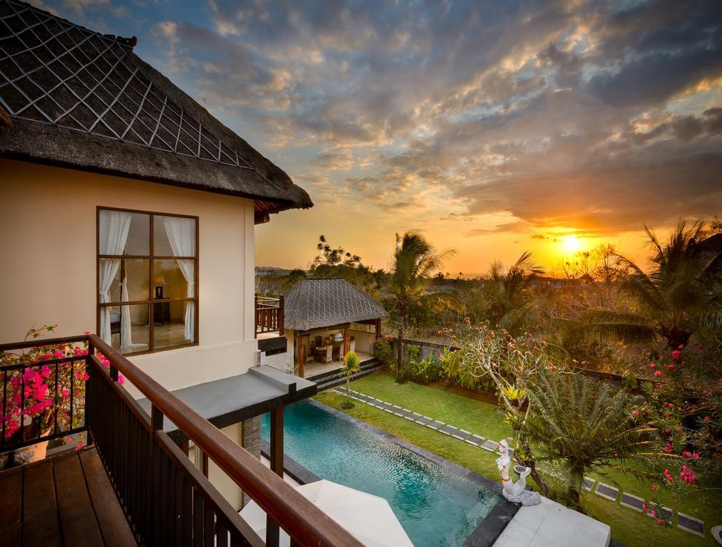 Balangan Beach Villa