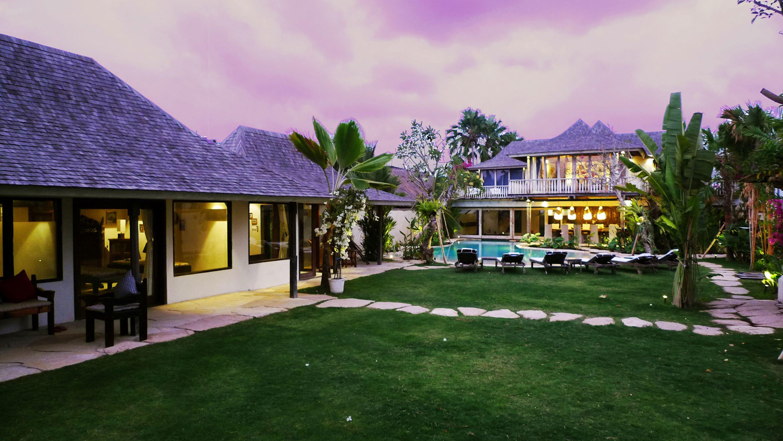 Villa Phinisi