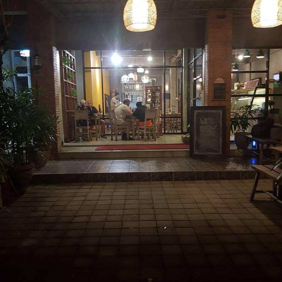 Warung Warung Restaurant