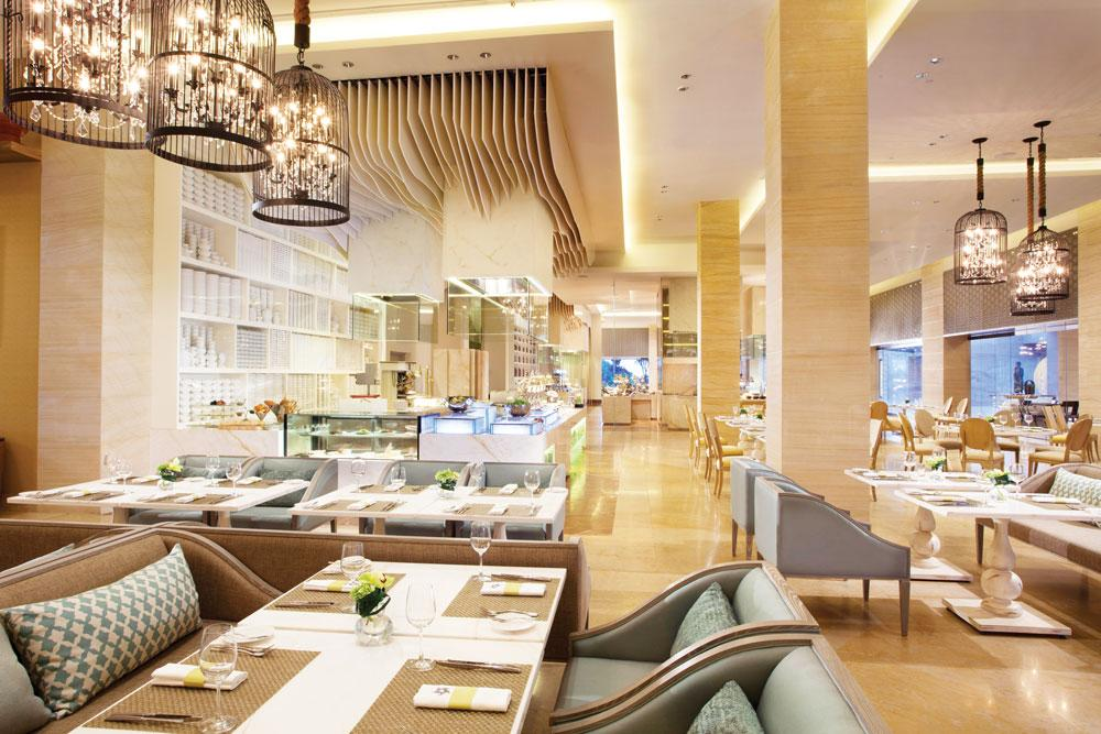 The Cafe at The Mulia