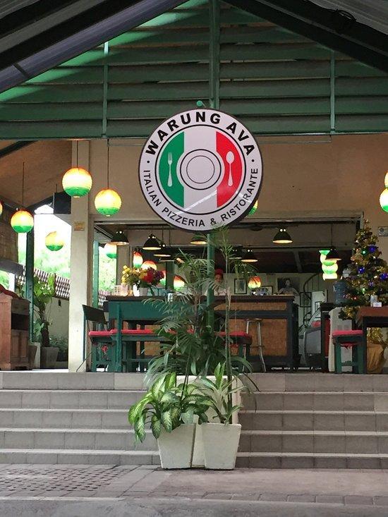 Warung Ava Italian Pizzeria