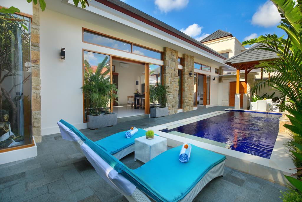 Holl Villa