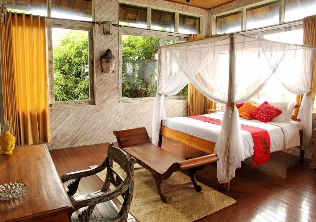 Bukit Surf House