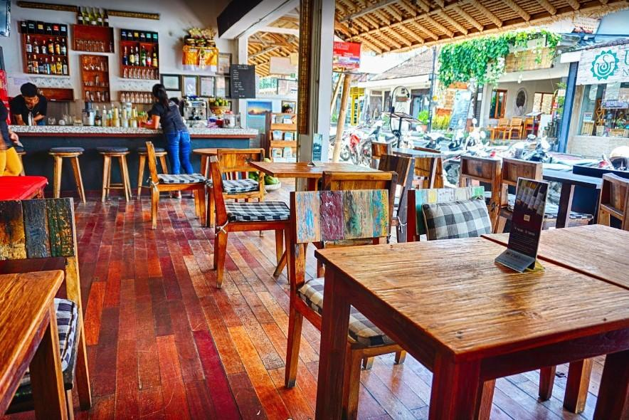 Maha Restaurant & Bar