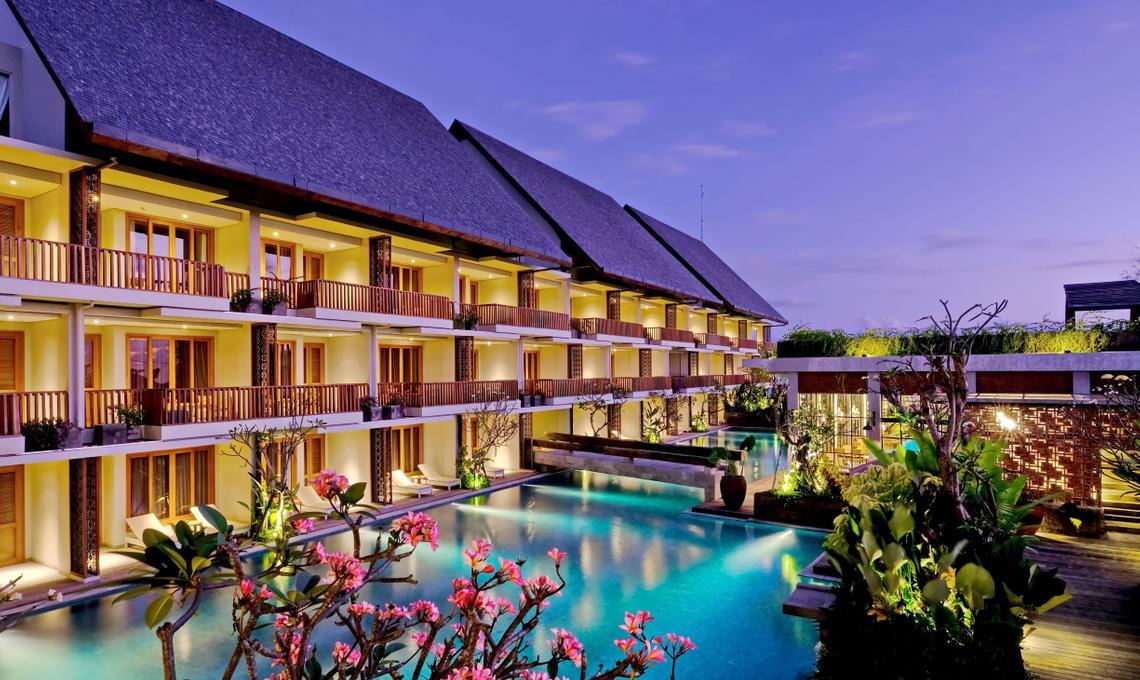 Impeccable Luxury On Berawa Beach Canggu at The Haven Suites