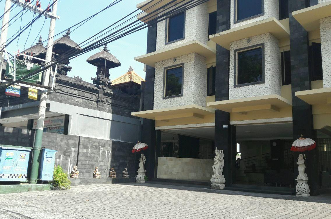 Arya Hotel and Spa