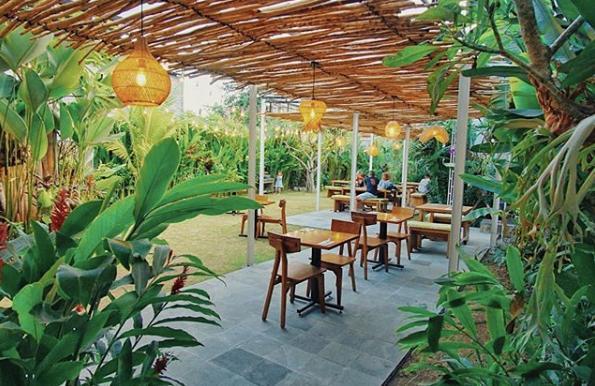 Bloom Restaurant Seminyak