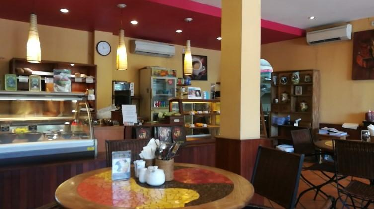 Cafe Moka Bukit