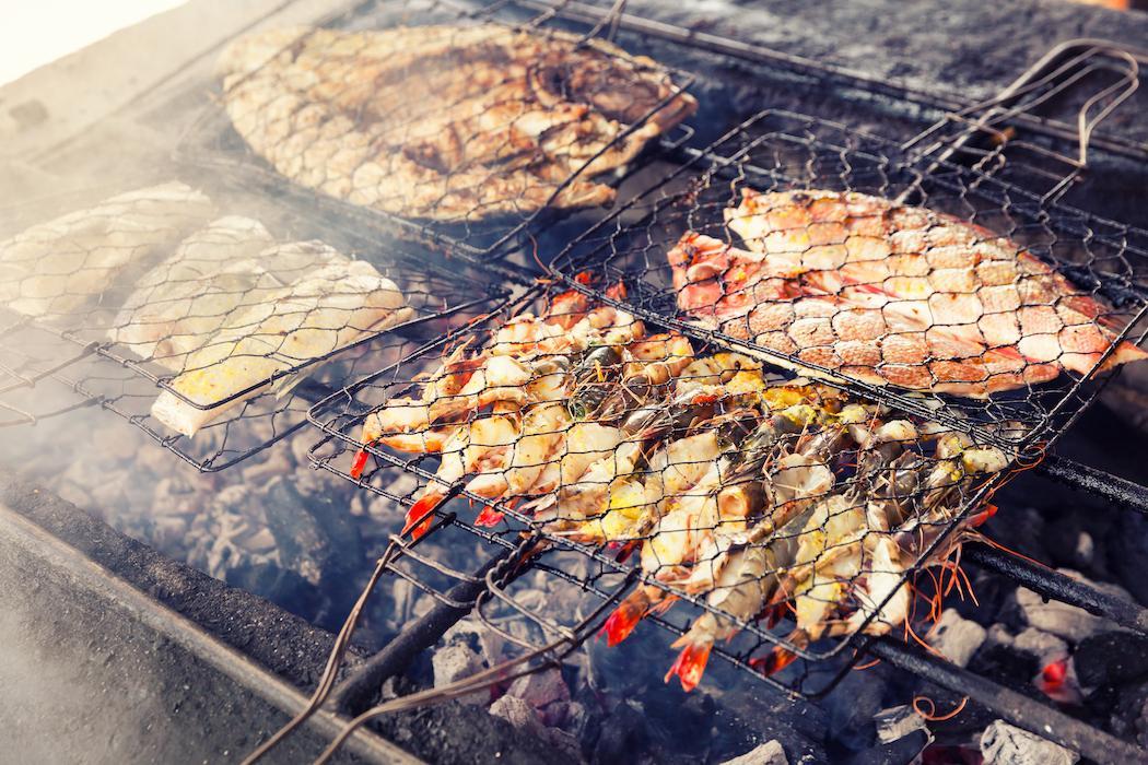 Uluwatu Temple & Seafood Dinner Tour