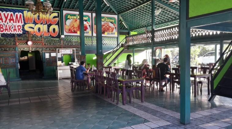 Rumah Makan Ayam Bakar Wong Solo (Kuta)