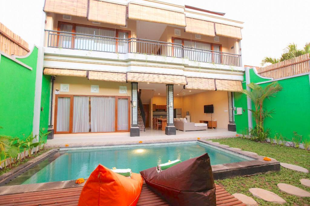 3 Bedroom Private Pool Villa, Legian - Kubu Willis